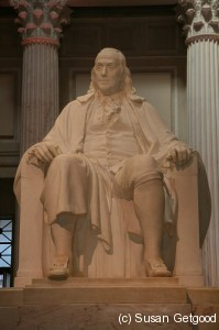 BenFranklinStatue 199x300 Cityscapes Philadelphia   What To Do, Science & History Geek Edition